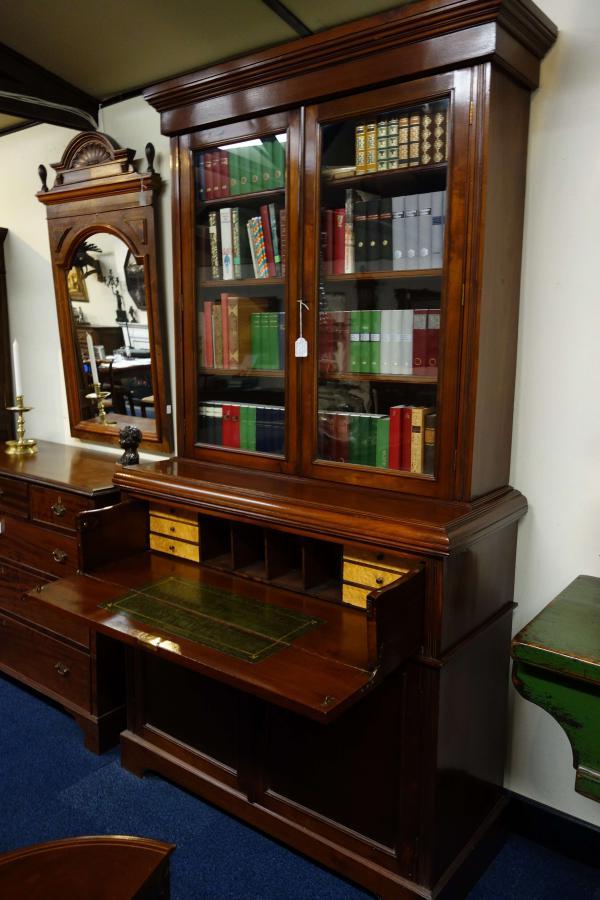 Antieke Bureau Boekenkast.Bureau Boekenkast Heineman Antiek In Terschuur