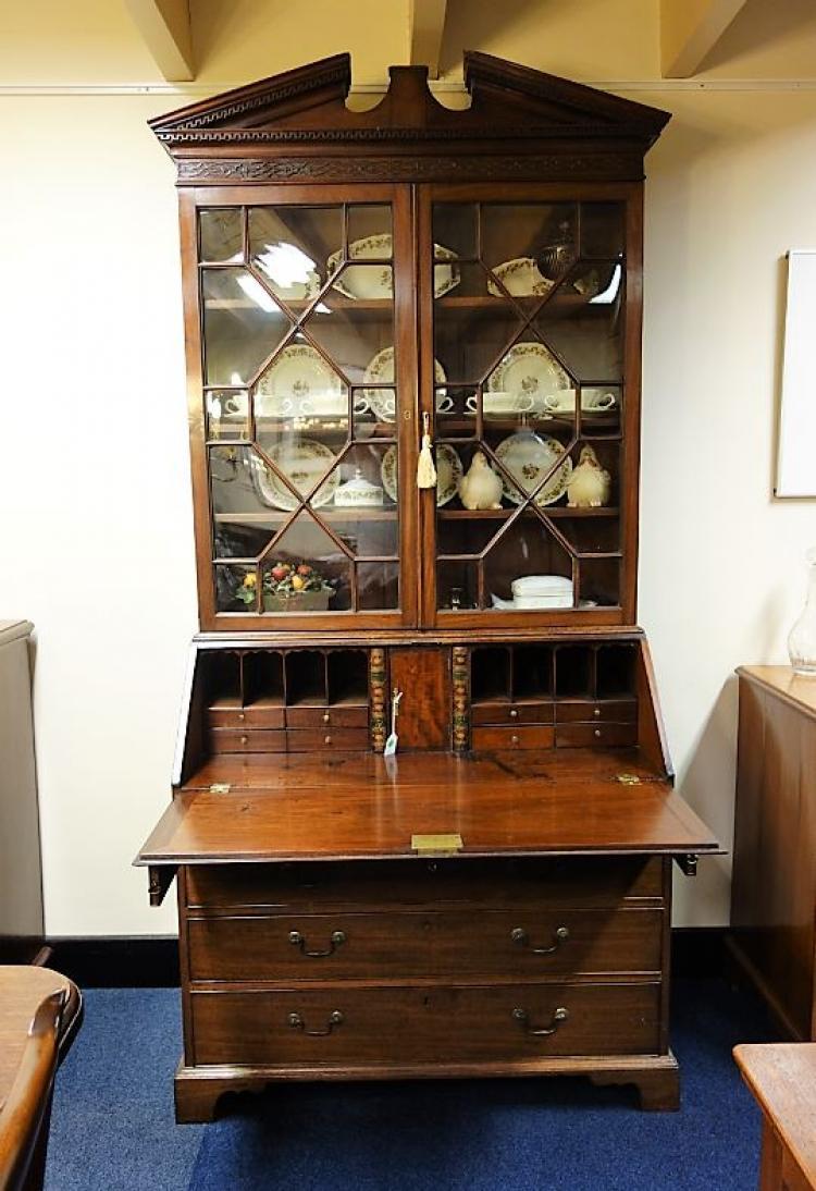 antiek engels bureau boekenkast
